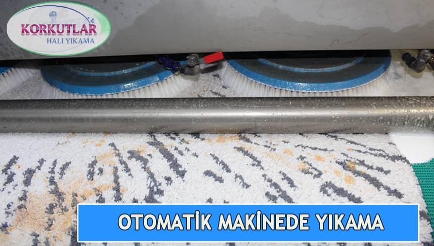 Otomatik makinede halı yıkama